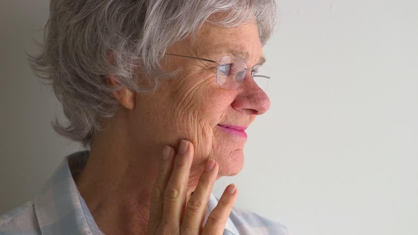 درمان بی اختیاری و تکرر ادرار با لیزر مونالیزا